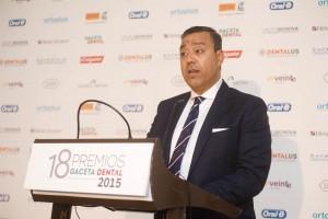 El Dr. Óscar Castro, presidente del Consejo de Dentistas,  pronunció un interesante discurso.
